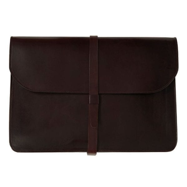 Porta documentos en piel curtida al vegetal de color marrón chocolate