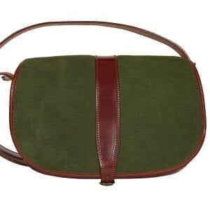 Bolso de piel curtida al vegetal de color castaña combinado con ante de color verde